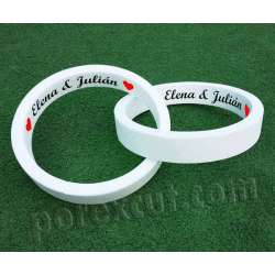 Dos anillos rotulados blancos