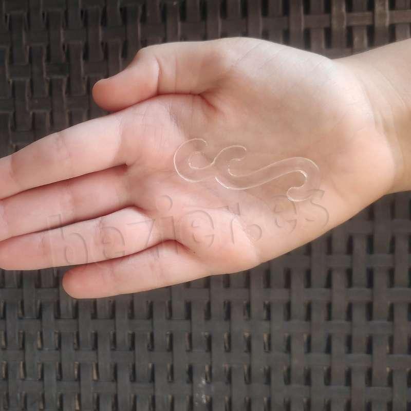 Salvaorejas transparente cortado a laser material sanitario salva orejas